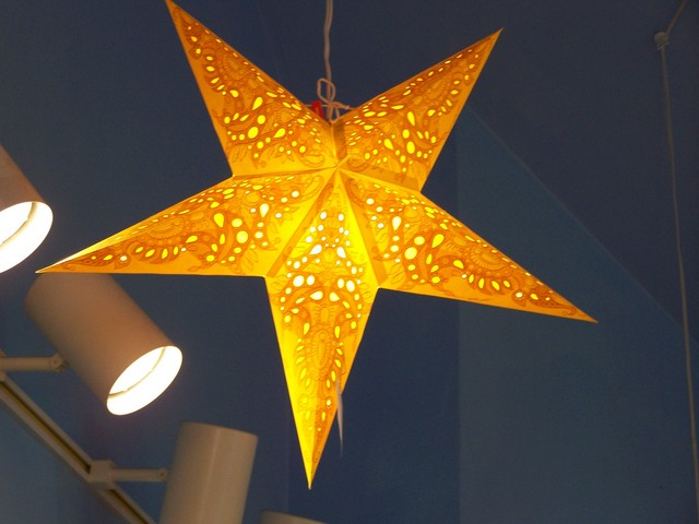 Mono Yellow Star